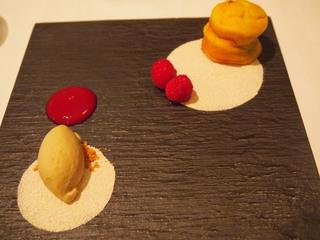 軽やかな安納芋のガトー ムスコヴァド糖と奄美黒糖焼酎のアイスクリーム