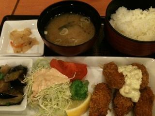 牡蠣フライと選べる小鉢ご膳