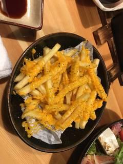 ガーリックチーズポテト
