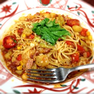 たっぷり野菜のミネストローネスパゲティ