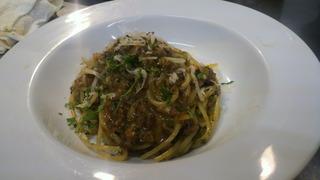 赤ワインで煮込んだ牛肉のボロネーゼ スパゲッティー