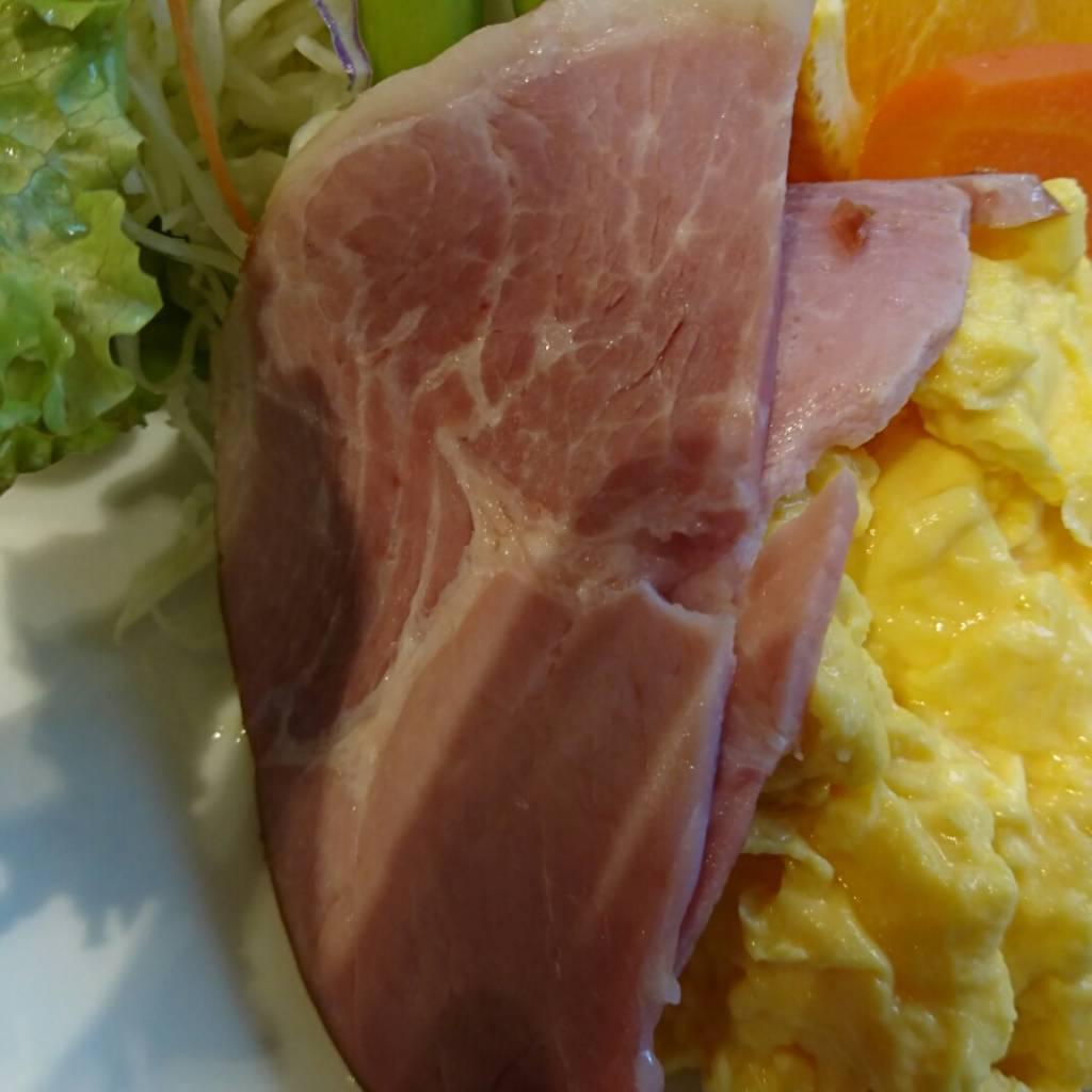 イノダコーヒ本店の、京の朝食のハムです。