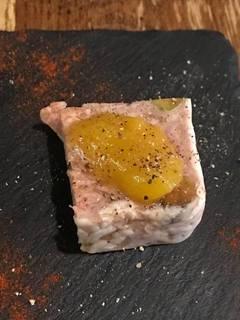 熟成豚のパテ・ド・カンパーニュ マラガ産のマンゴージャム