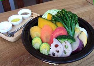 旬野菜のタジン鍋蒸し