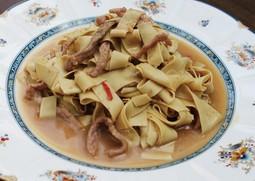中国東北地方伝統のゆばと豚肉の炒め