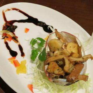 アワビとあわび茸のガーリックバターソテー