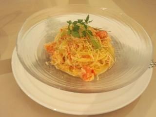 蟹とグレープフルーツの冷製パスタ