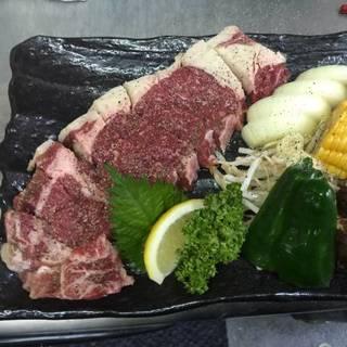 【毎日限定5食】 サーロインステーキ溶岩焼き