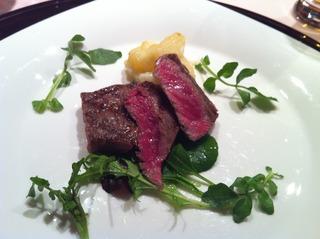 田村牛のステーキ