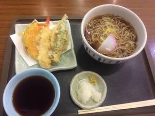 天ぷらそば(うどん) 温かい蕎麦