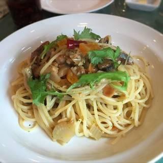 秋刀魚とオレンジコンフィのシチリア風スパゲティ