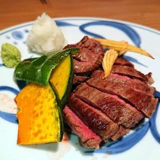 宮古牛のステーキ