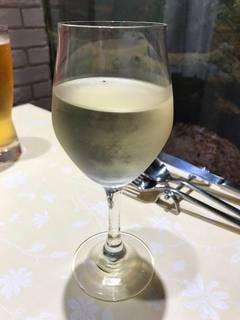 グラス白ワイン