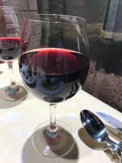 グラス赤ワイン