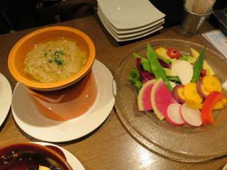 横浜産、朝採り野菜のバーニャカウダ