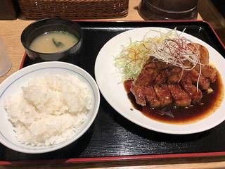 麻辣トンテキ定食