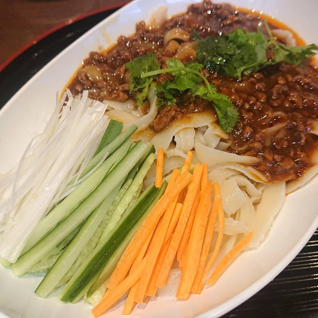 冷やしジャージャン刀削麺
