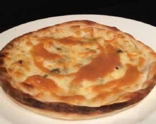 クアトロチーズピザ