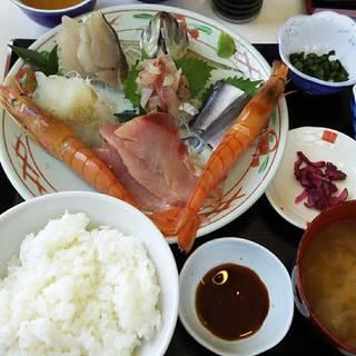 カネシチ刺身定食