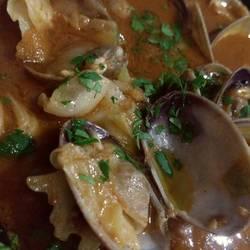 あさりとトマトの魚介スープ蒸し