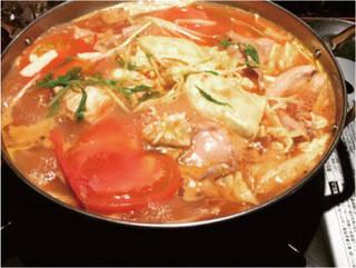 フレッシュトマトとチーズの鍋