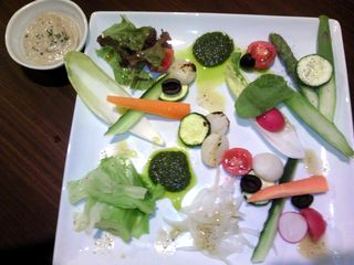 10種野菜の彩りバーニャカウダ