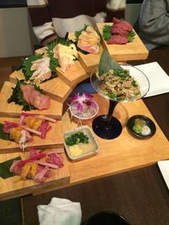 選べる3種の鍋と鮮肉5種階段盛付!!時間無制限飲み放題付コース