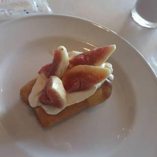 ババと季節のフルーツ