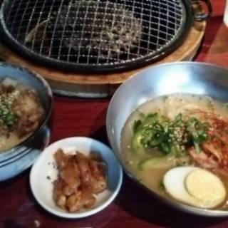 mini牛すじ丼&mini冷麺