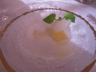 ラ・フランスのコンポートとそのジュレ エピス風味