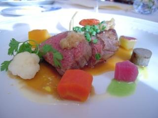 特選国産黒毛和牛フィレ肉のステーキ彩り野菜のジャルディニエール