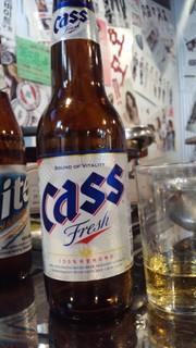 韓国ビール cass