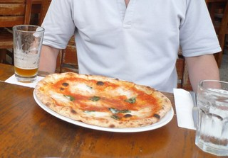 水牛のモッツァレラチーズのマルゲリータ