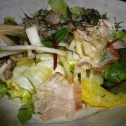ゆず皮と大根のサラダ