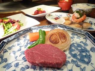 まんぷくステーキセット
