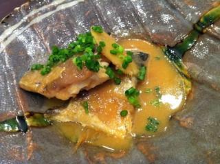 鯖の日本海味噌煮込み