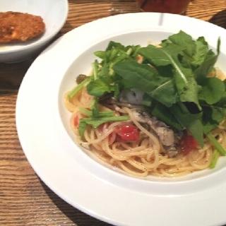 牡蠣とルッコラのフェデリーニ