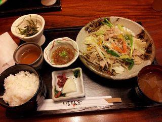四万十ポークの野菜炒め定食