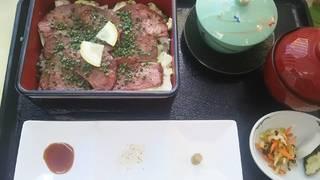 牛タン弁当ランチ