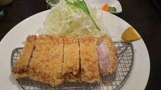 ランチロースカツ定食