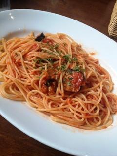 揚げナスと完熟トマトのシチリアーナ風パスタ