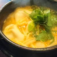 肉汁水餃子 餃包 六本木店