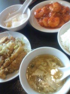海老チリと油淋鶏のランチ