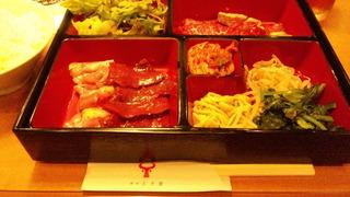 満腹ランチ(肉三種)