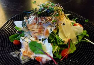 北海道猿払産ホタテとタラバ蟹の大根サラダ