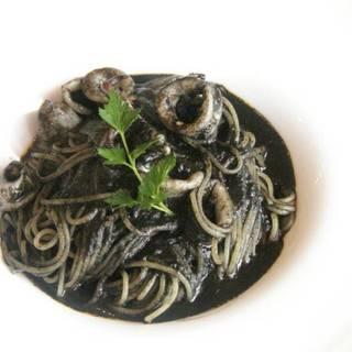 イカスミのスパゲティ