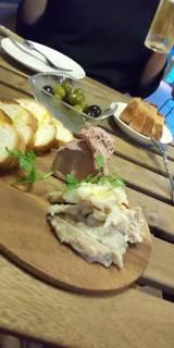 鶏白レバームースとヤゲン軟骨のアーリオオーリオ
