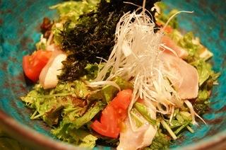 彩り野菜たっぷりのサラダ