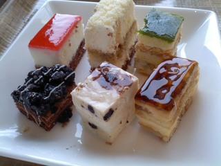 ショコラクッキーとバニラムースのケーキ