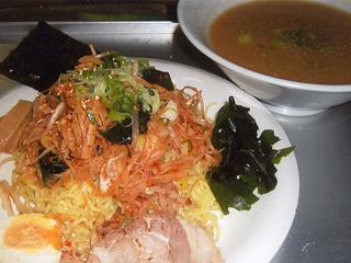 バクダンつけ麺